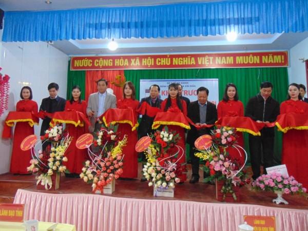Bệnh viện đa khoa huyện Xín Mần khai trương  hệ thống máy phẫu thuật nội soi